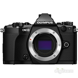 Olympus OM-D E-M5 Mark II (3év) + M.ED 12-100mm IS PRO (fekete/fekete)