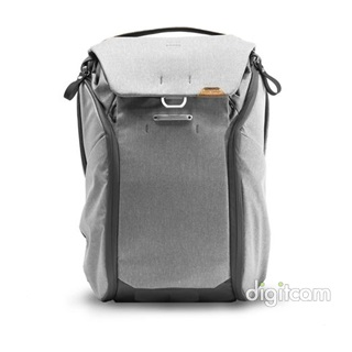 PEAK DESIGN Everyday Backpack V2 20L- Hamuszürke fotós hátizsák