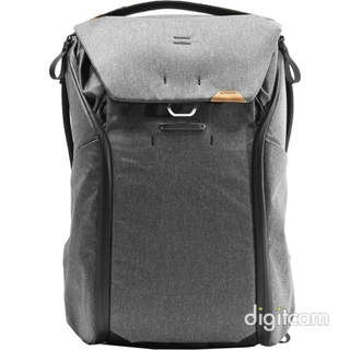 PEAK DESIGN Everyday Backpack V2 30L- Szénszürke fotós hátizsák